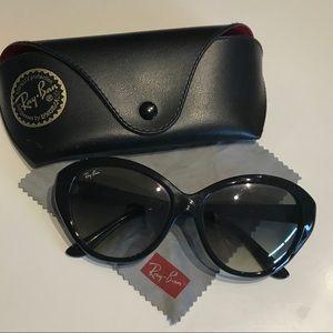Ray Ban cateye sunglasses - Black